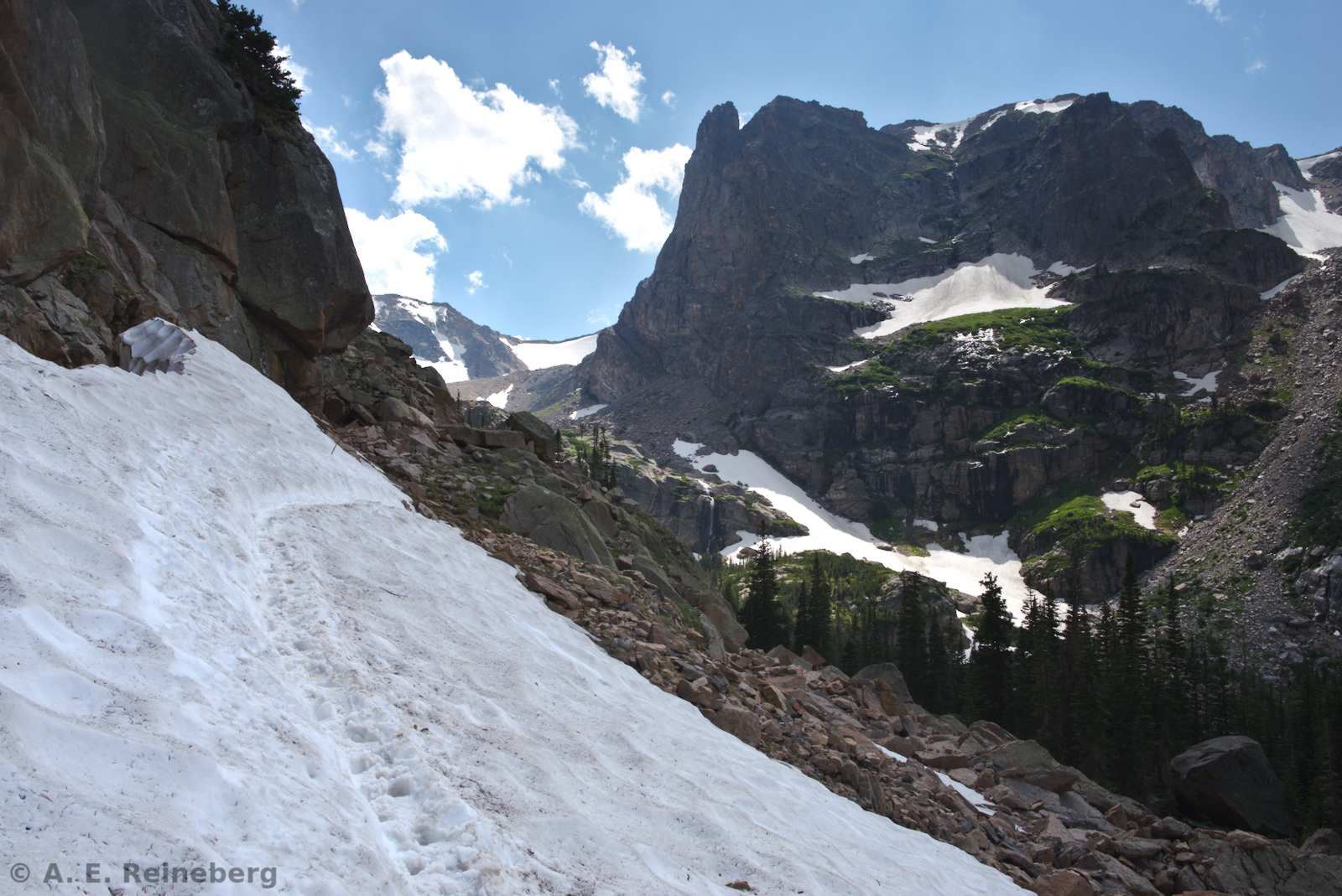 Summer hiking in Rocky Mountain National Park